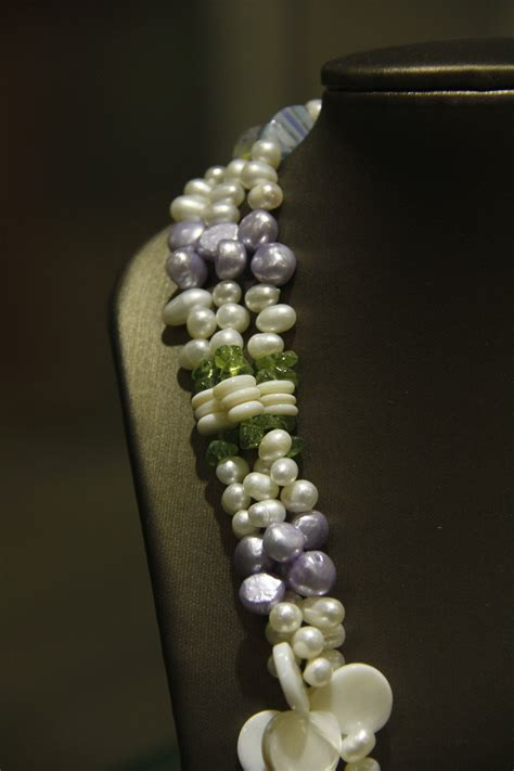Fresh Water Pearl Necklace Collection – White Pearls