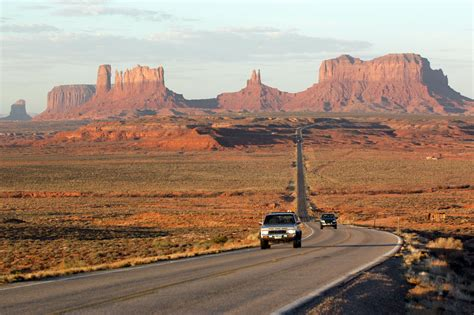 The Pros and Cons of Road Trips