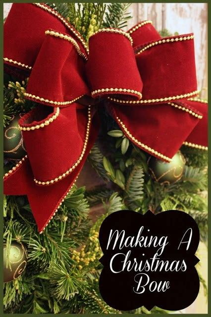 13+ Ways to Make a Christmas Tree Bow Topper | Guide Patterns