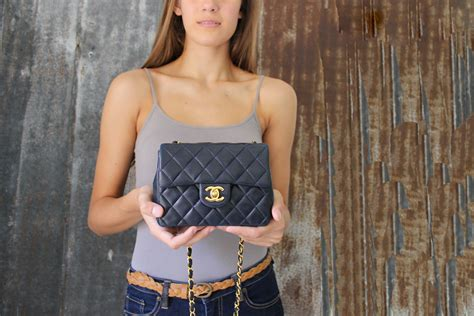 Chanel Vintage Navy Quilted Lambskin 255 Mini Flap