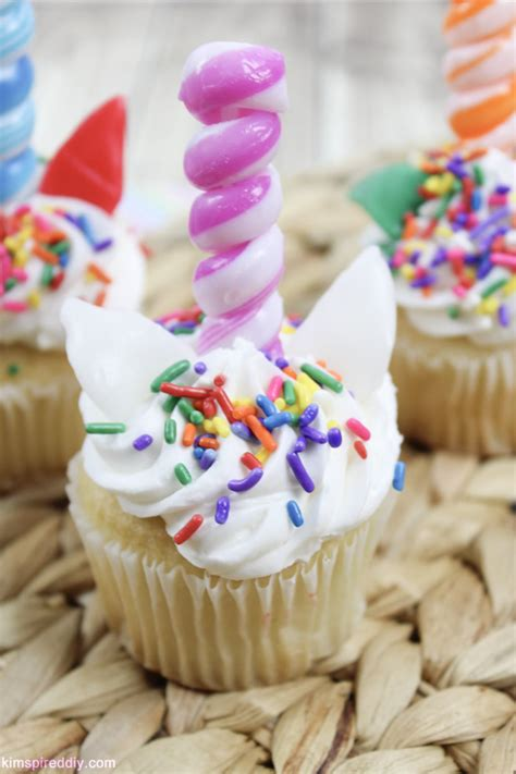 Easy Unicorn Cupcake Tutorial With Edible Horn Cupcake Toppers