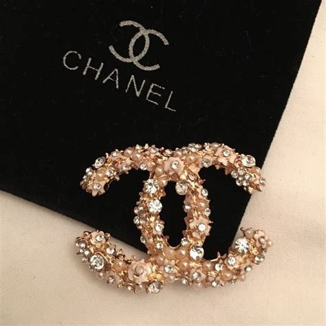 1470 best CHANEL - Jewellery Box images on Pinterest