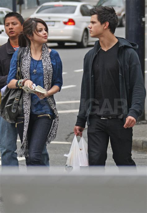 Photos of Selena Gomez and New Moon's Taylor Lautner in