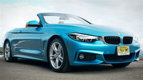 Drop the top and relax in the 2018 BMW 4 Series