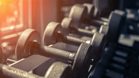 The Most Simple (And Effective!) Dumbbell Biceps Workout